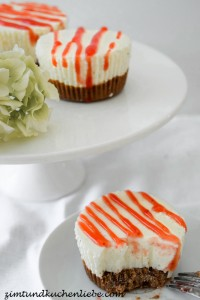 No-Bake Mini Cheescakes